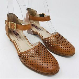 Pikolinos Gomera Perforated Tan Heel Sandals